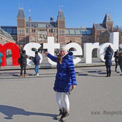 Άμστερνταμ… Ποδήλατα, τουλίπες και μουσεία…