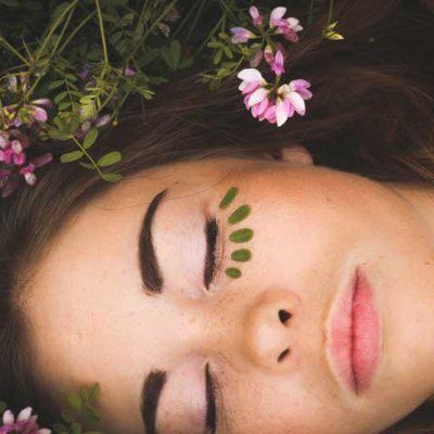 Gua Sha: Θεραπευτικό μασάζ προσώπου