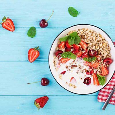 7 απλές ιδέες για εύκολο, θρεπτικό κι άκρως υγιεινό πρωινό